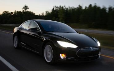 Tesla Model S 75D Autopilot